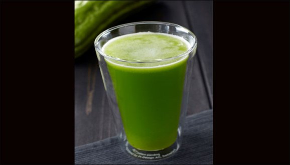 """health tips, benefit of drinking bitter gourd juice"""